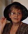 Irina Petraş cu pălărie 2006 _ http://irinapetras.ro/Poze/carti/16_august2006_de_postat.jpg