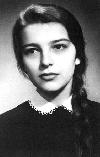 02 Irina Petraş la 18 ani _ http://irinapetras.ro/Poze/carti/Irina_Petras_la_18_ani.jpg