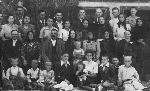Petrasii la Ilba in 1949 _ http://irinapetras.ro/Poze/carti/Petrasii_la_Ilba_in_1949.jpg